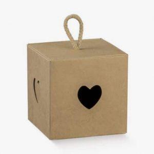 boite cube kraft decoupe coeur